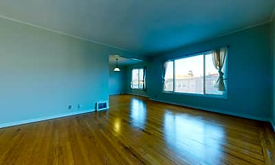 Living Room, 1393 18th Ave, 1