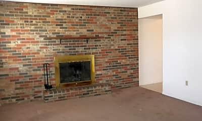 Living Room, 4817 Meadow Lark Ln, 1