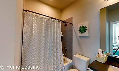 Bathroom, 244 Uptown W Dr, 2