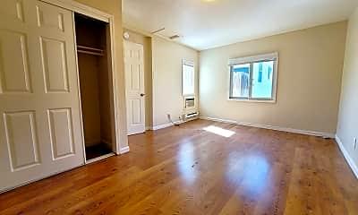 Living Room, 1425 Douglas St, 0