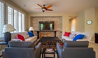 Living Room, 81473 Golden Poppy Way, 1