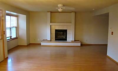 Living Room, 6085 Whirlwind Dr, 1