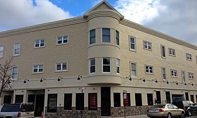 Building, 4 Pleasant St, 1