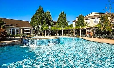 Pool, Lexington On The Green, 2