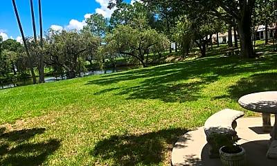 Palm Lake Village, 2
