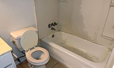 Bathroom, 4716 Sycamore St, 2