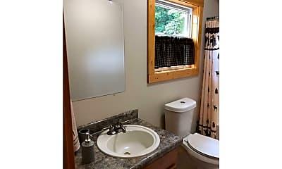 Bathroom, 122 Treetop Ln, 2