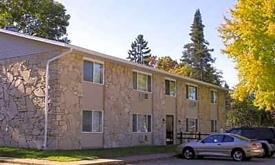 Maplewood Apartments, 1