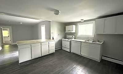 Kitchen, 224 W Spencer St, 1