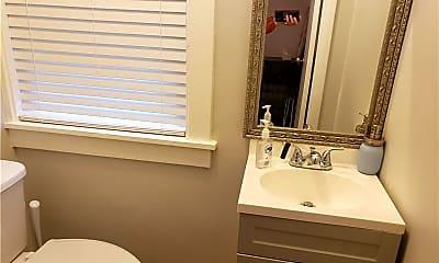Bathroom, 520 Belgreen Pl, 2