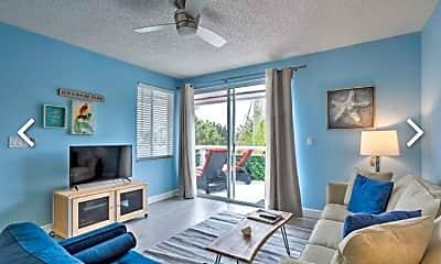Living Room, 353 US-1 C6, 0