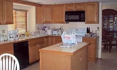 Kitchen, 8815 April Dr, 1