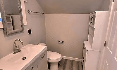 Bathroom, 4 Coleridge St, 2