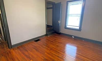 Living Room, 1004 Fairwood Ave, 2
