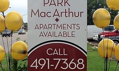 Park MacArthur Townhomes, 1