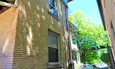 Building, 811 E Pleasant St, 2