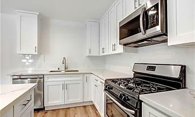 Kitchen, 14925 Friar St, 2