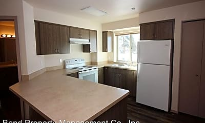 Kitchen, 139 NW Revere Ave, 1