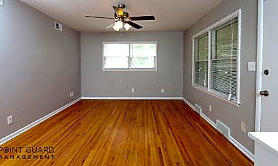 Living Room, 216 W Patterson St, 1