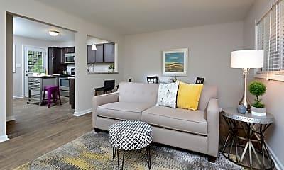 Living Room, 1700 Hillcrest Dr, 0