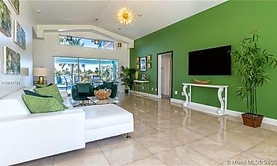 Living Room, 2541 NE 195th St, 1