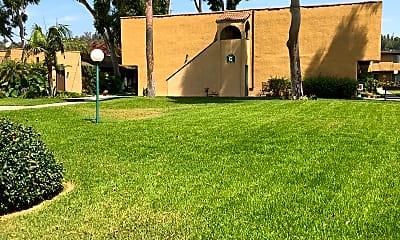 La Puente Gardens, 2