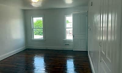 Bedroom, 717 W Princess St, 2