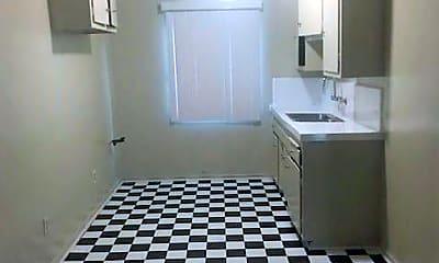 Bathroom, 8700 Normandie Ave, 1