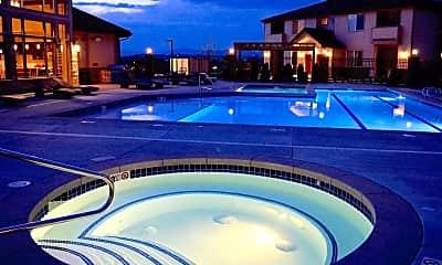 Pool, Bristol Pointe, 1
