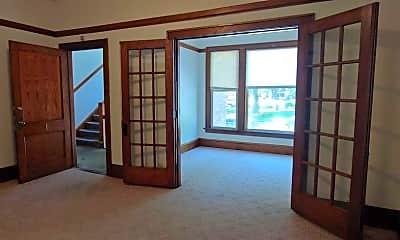 Bedroom, 915 College Ave, 0