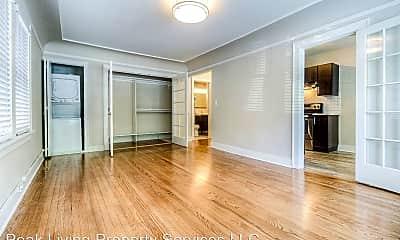 Living Room, 411 Bellevue Ave E, 1