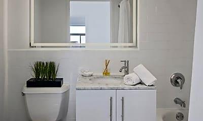 Bathroom, 10 Harrison St, 2