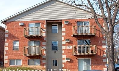 Building, 318 W Lutz Ave, 0
