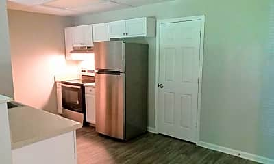 Kitchen, 550 Hietts Ln, 0