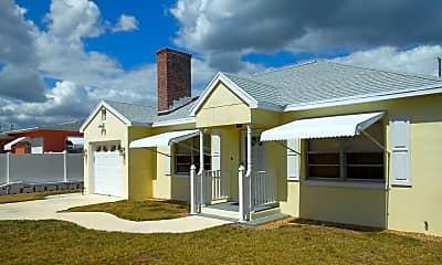 Building, 1610 Binney Dr, 1