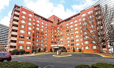 Building, 1121 Arlington Blvd 812, 0