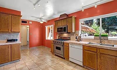 Kitchen, 1812 W Catalina Dr, 1