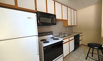 Kitchen, 202 S River Rd, 1