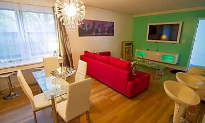 Living Room, 753 Michigan Ave 1A, 2
