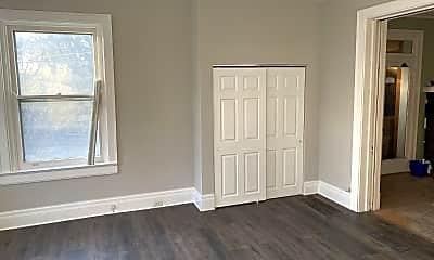 Bedroom, 2176 Ohio Ave, 2