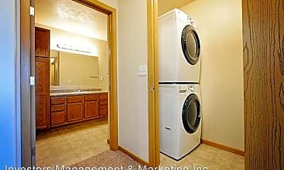 Bathroom, 3700 2nd St NE, 2