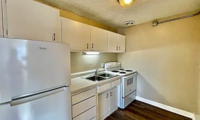Kitchen, 1627 Geneva St, 1