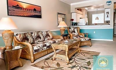 Living Room, 16615 Lake Cir Dr, 1