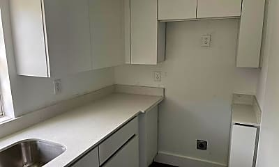 Kitchen, 160 NW 43rd St, 2