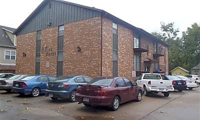 Building, 1113 Bertrand St, 2