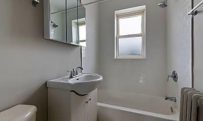 Bathroom, 5852 W Higgins Ave 3B, 2