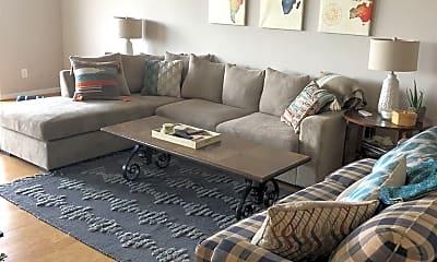 Living Room, 4343 Lee Hwy., 0