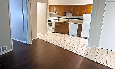 Kitchen, 1009 Glass Run Rd, 1