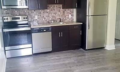 Kitchen, 644 Park Pl 1C, 1