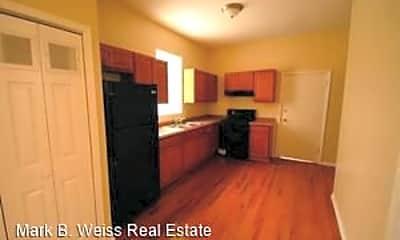 Kitchen, 929 W 35th Pl, 1